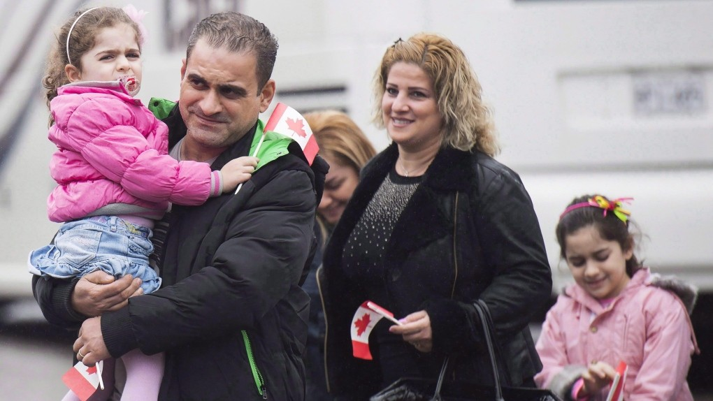 Syrians gradually integrating into Canadian society, latest report
