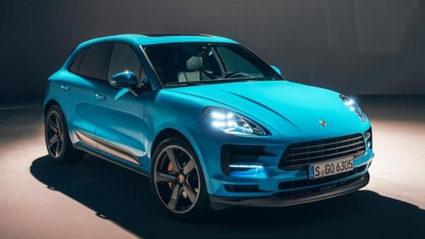 2019 Porsche Macan Gets New Colours And Way More Ctv News Autos