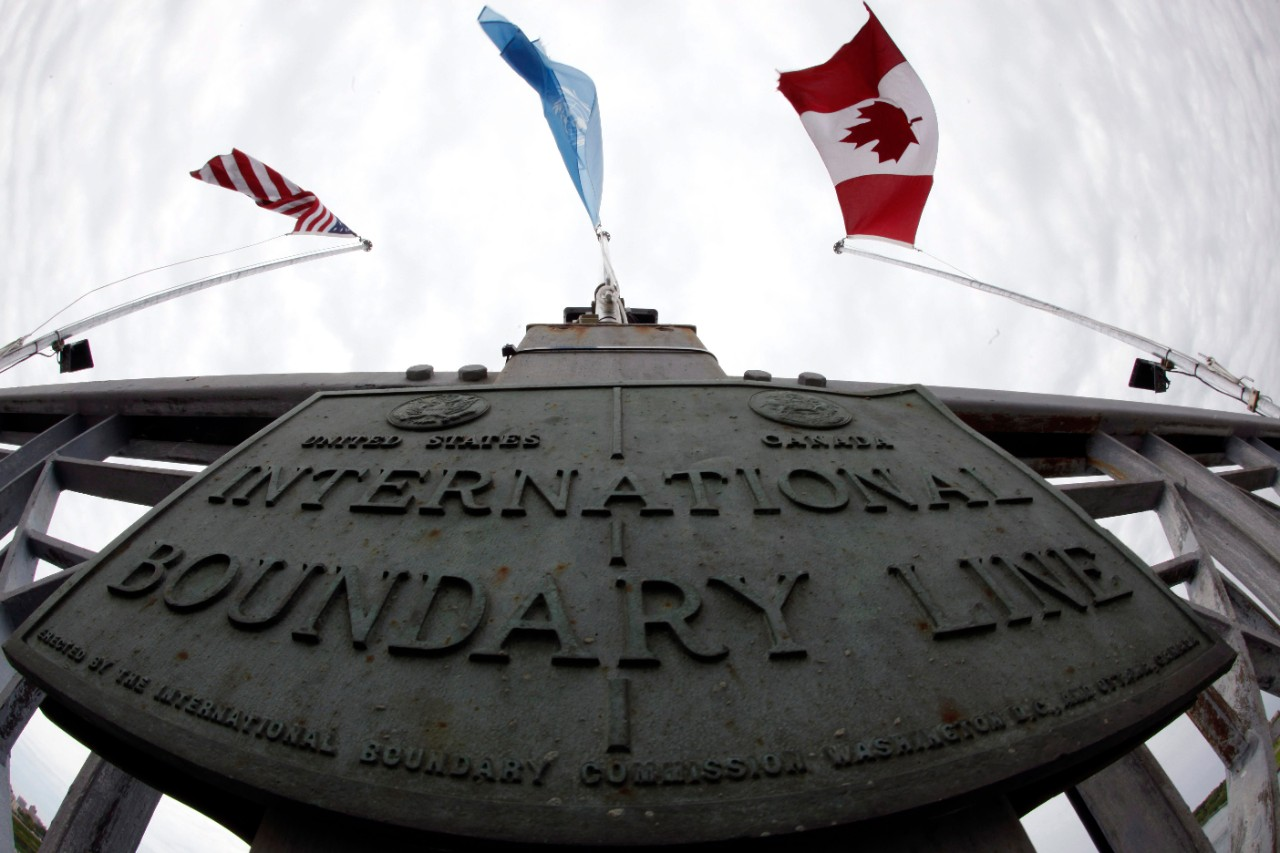 U.S. man made wrong turn into Canada with guns and ammo: border patrol