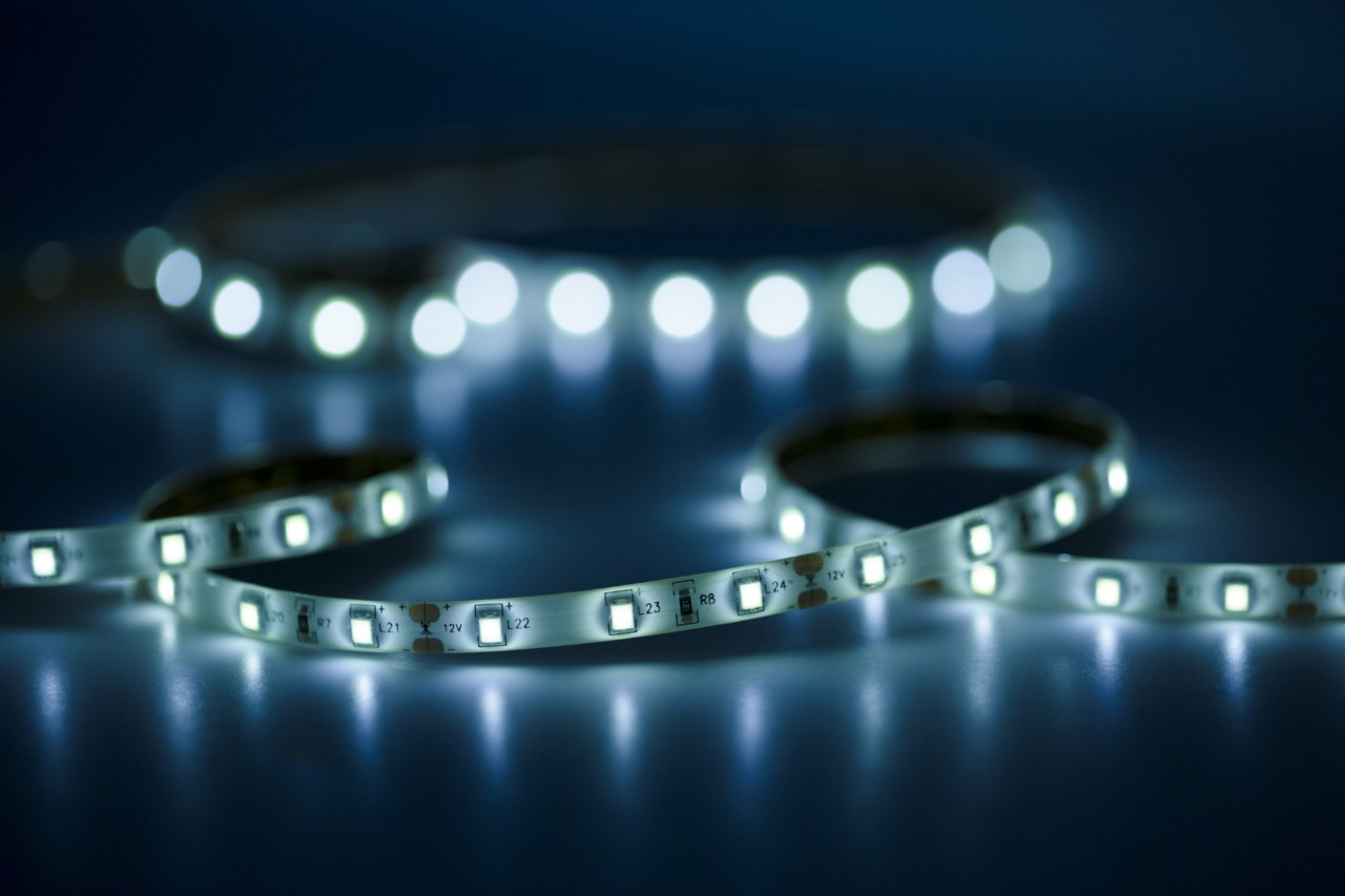 French authorities warn of health dangers from LED lighting