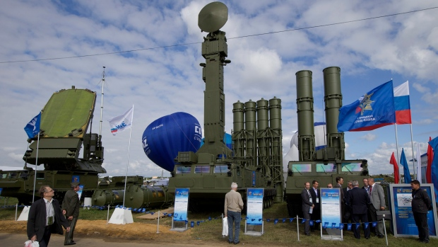Russia to send newer, S-300 missile defence systems to Syria | CTV News