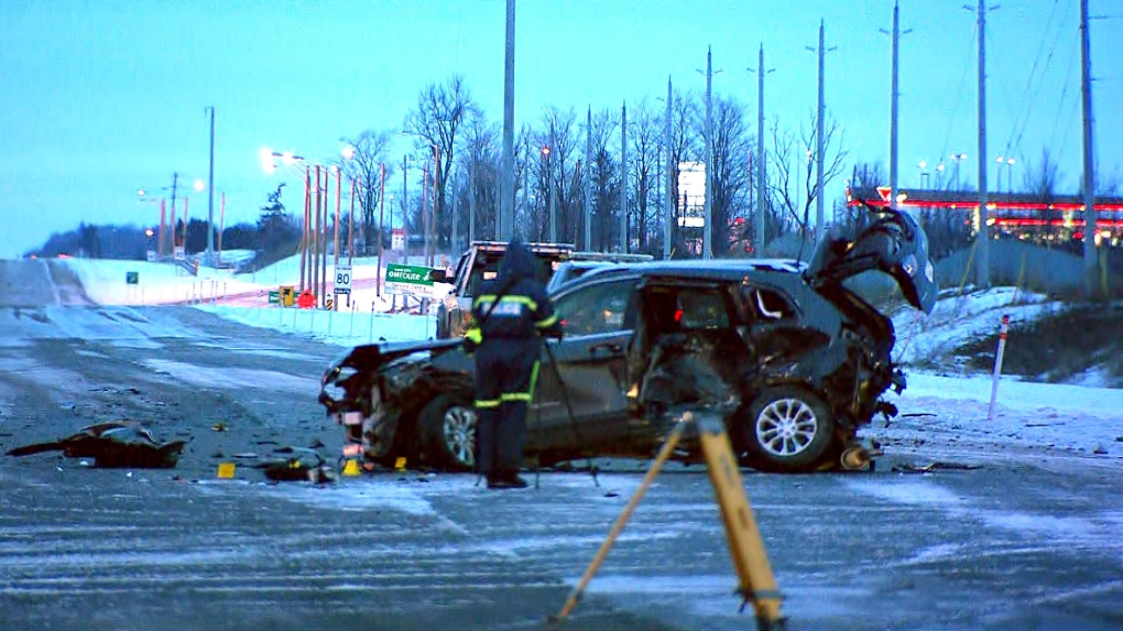 Man critically hurt in multi-vehicle crash on Hwy  400 in Vaughan