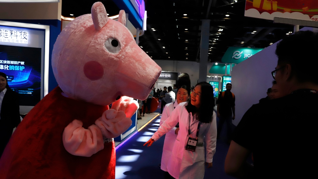 The Peppa effect: Canadian kids adopting English accent