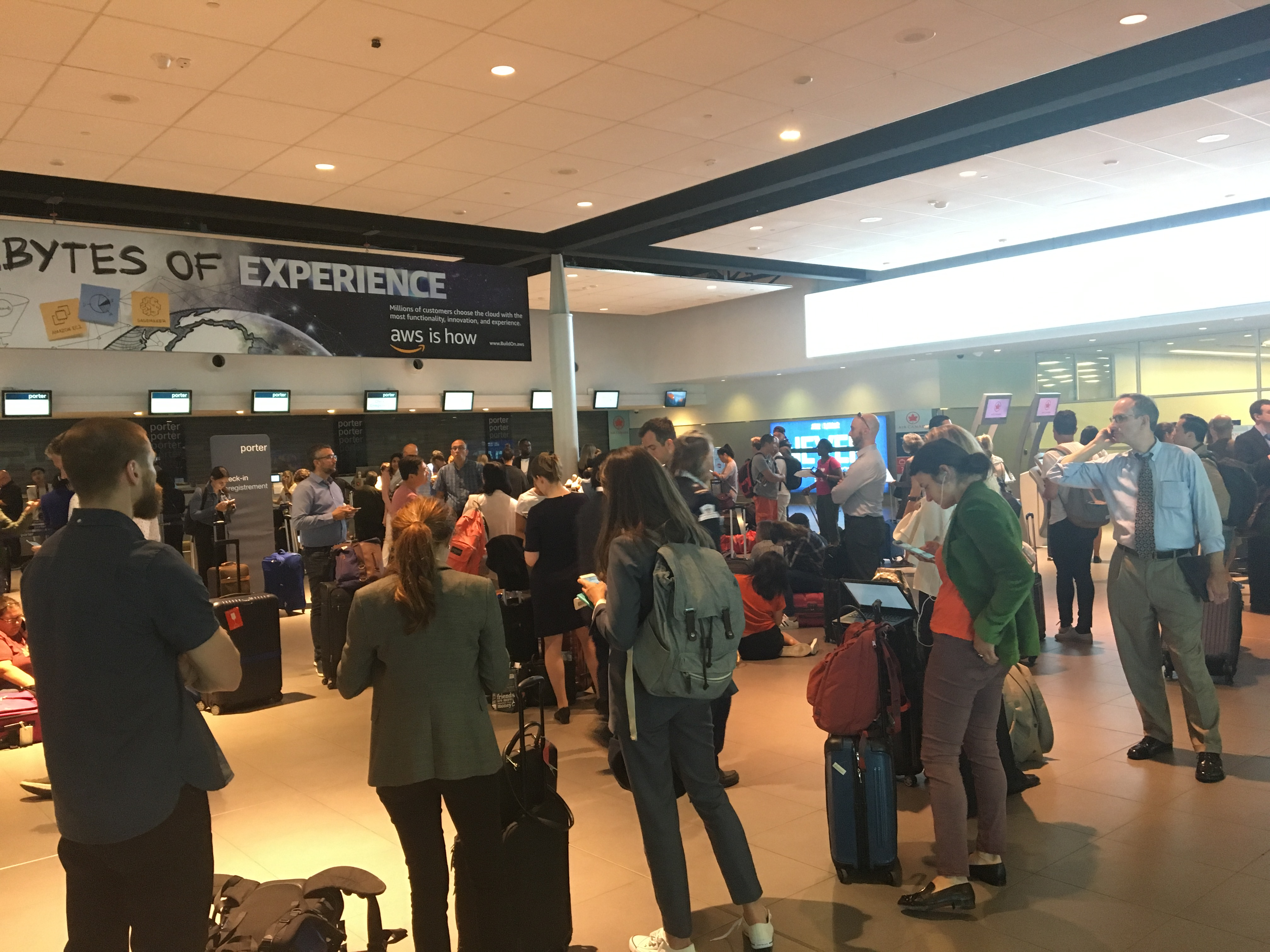 Porter says U S  telecom outage that impacted flights has now been