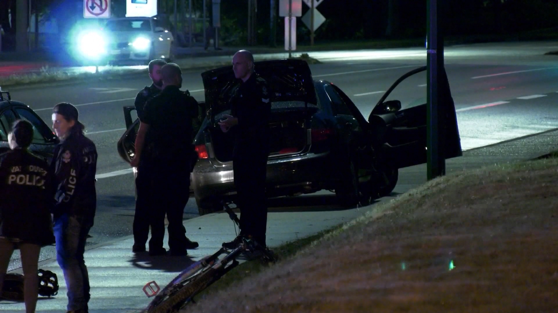 Surrey teen arrested at gunpoint in Burnaby after routine