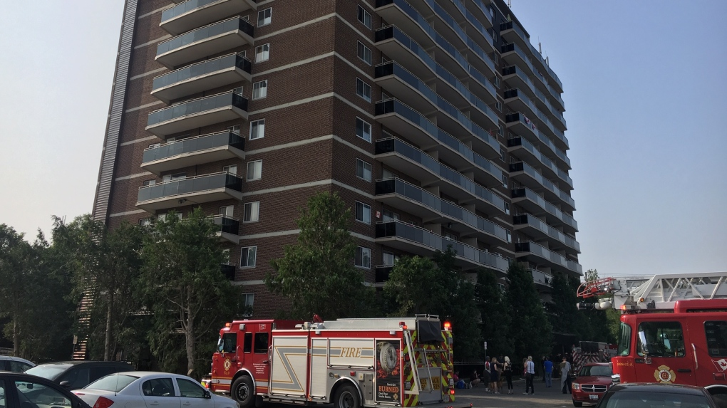 Burst pipe floods three floors of south London high rise | CTV News