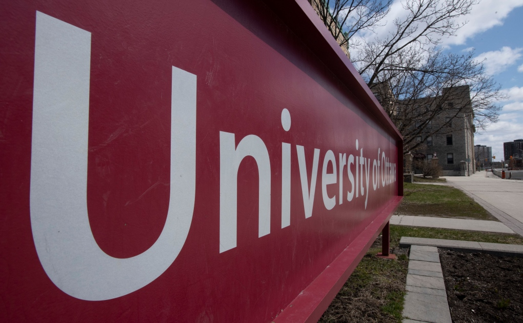 Ottawa Police, Bylaw threaten $880 fines to post-secondary students not following COVID-19 rules | CTV News