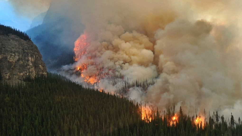 Canada heatwave: Hundreds killed in wildfires and residents forced to evacuate 1_5105012