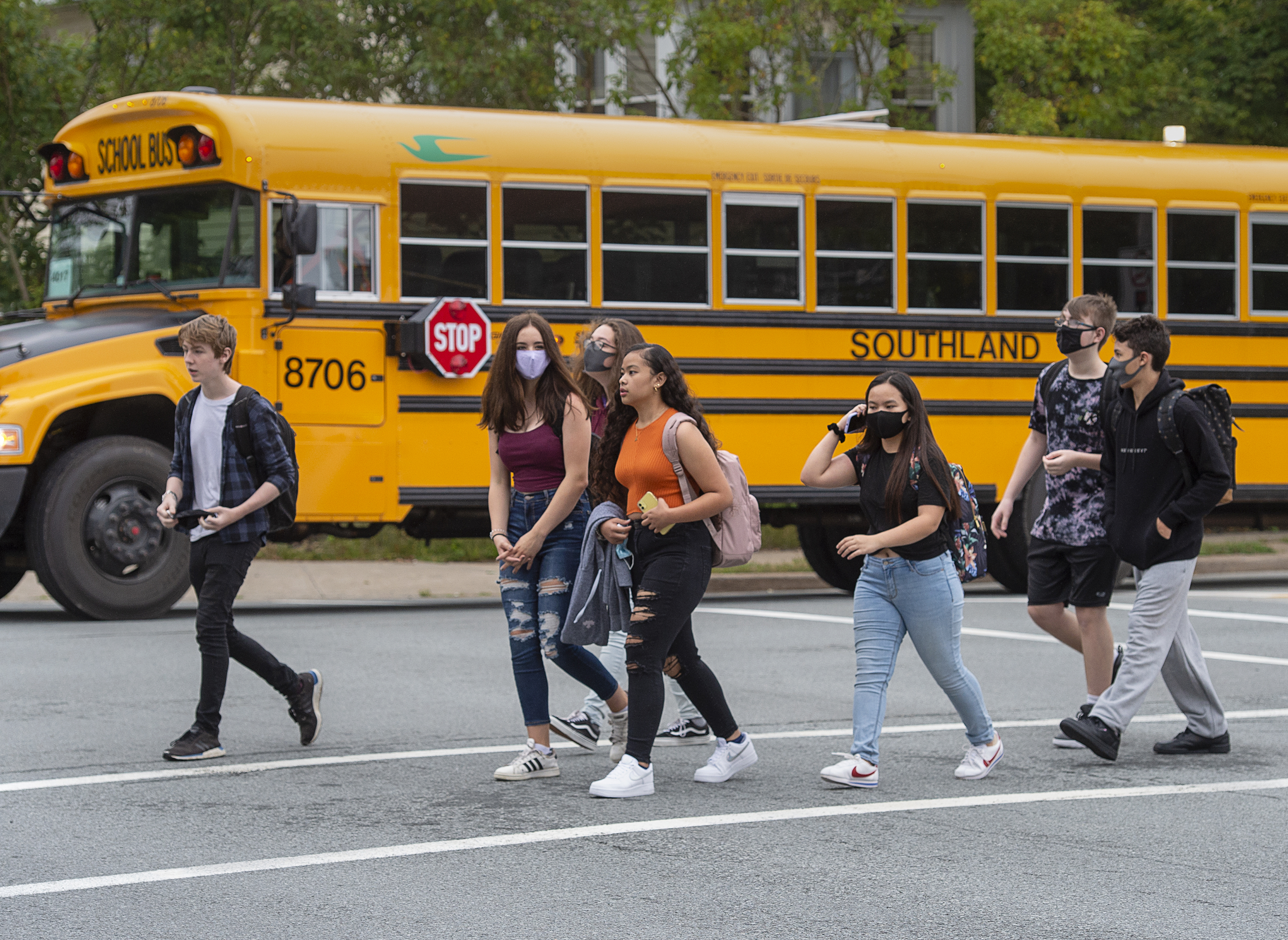 Thousands Of Students Return To Schools As New Covid 19 Cases Emerge Ctv News