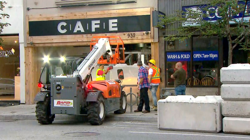 One illegal marijuana shop reopens after police raids | CTV News Toronto
