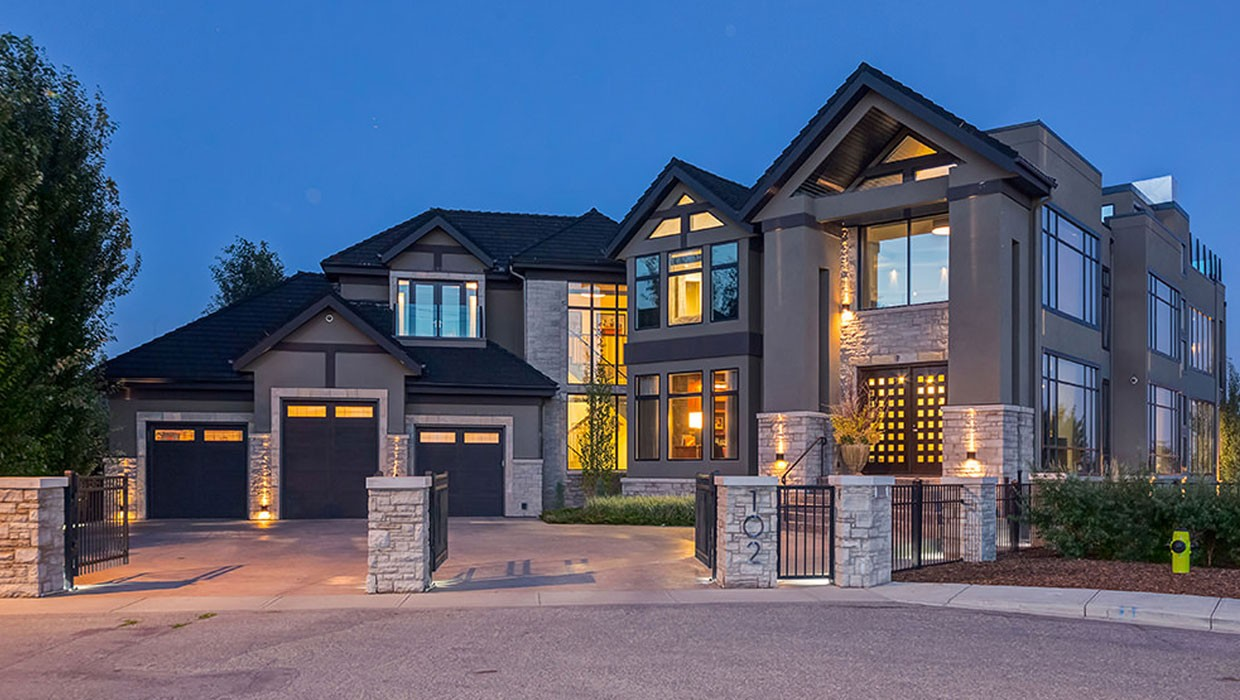Oversupply in luxury housing market, low oil prices weighs on sales in  Calgary | CTV News