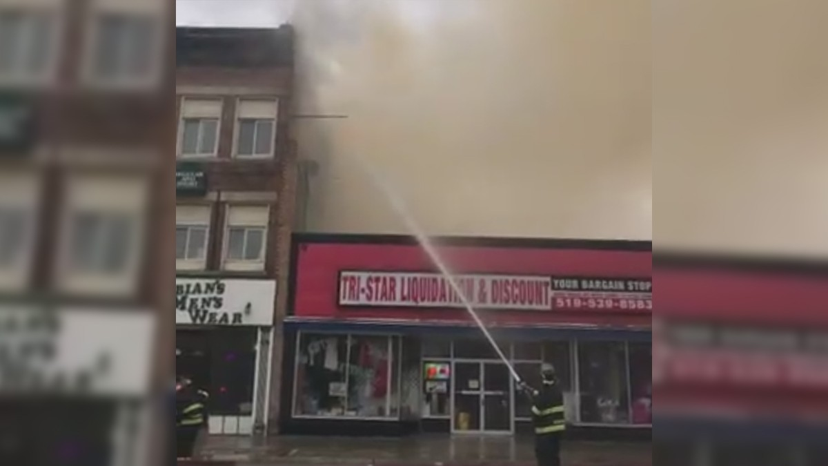 Crews Respond To Major Fire In Downtown Woodstock Ont Ctv News