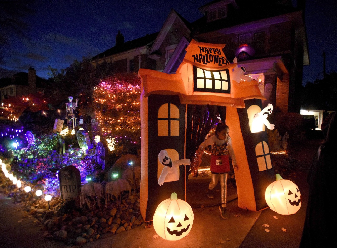 Covid 19 Cancels Mayor S Halloween Party No Decision Yet On Christmas Celebrations Ctv News