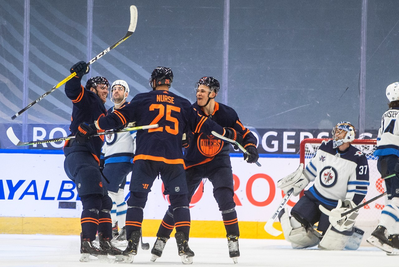 Connor McDavid scores as Jets fall to Oilers 4-2 | CTV News