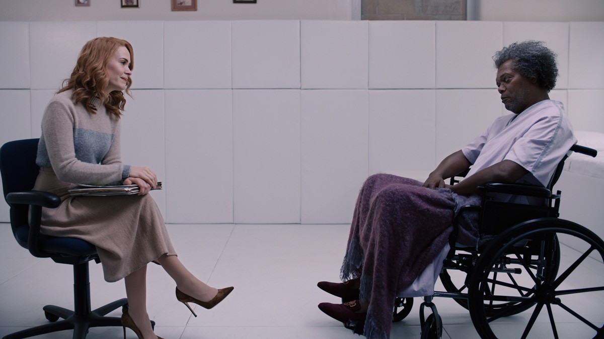 Sarah Paulson and Samuel L. Jackson in 'Glass'
